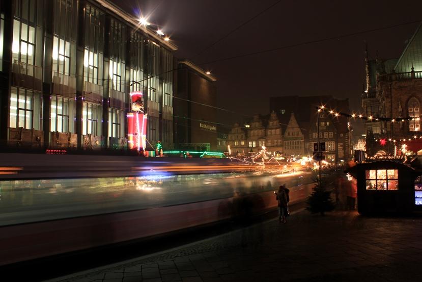 strassenbahn-weihnachtsmarkt