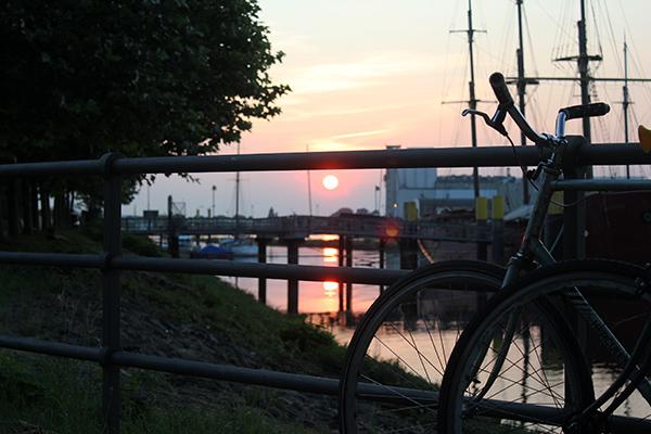 fahrräder_Sonnenuntergang