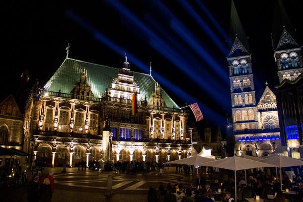 iluminierter-marktplatz