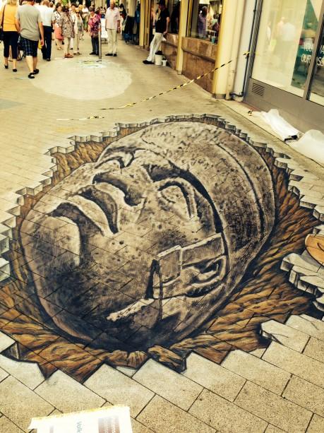 Street Art Stone