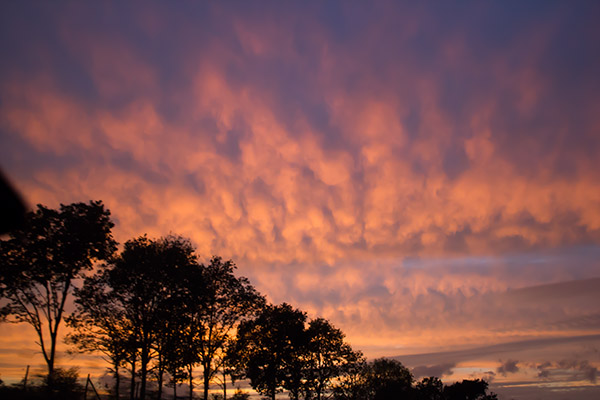 sonnenuntergang-bunter-himmel