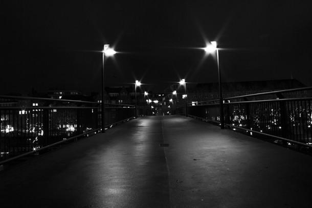 Teerhofbrücke bei Nacht