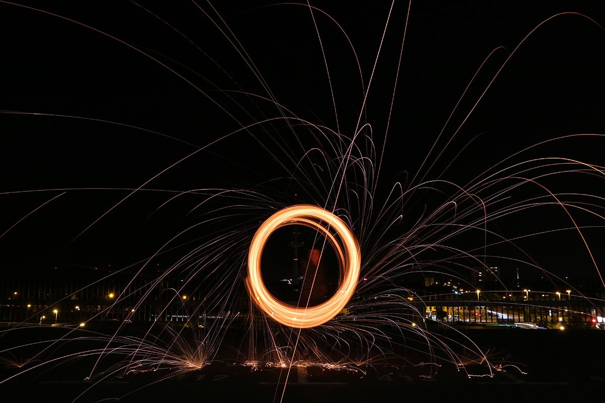 Lichter zeichnen mit Stahlwolle