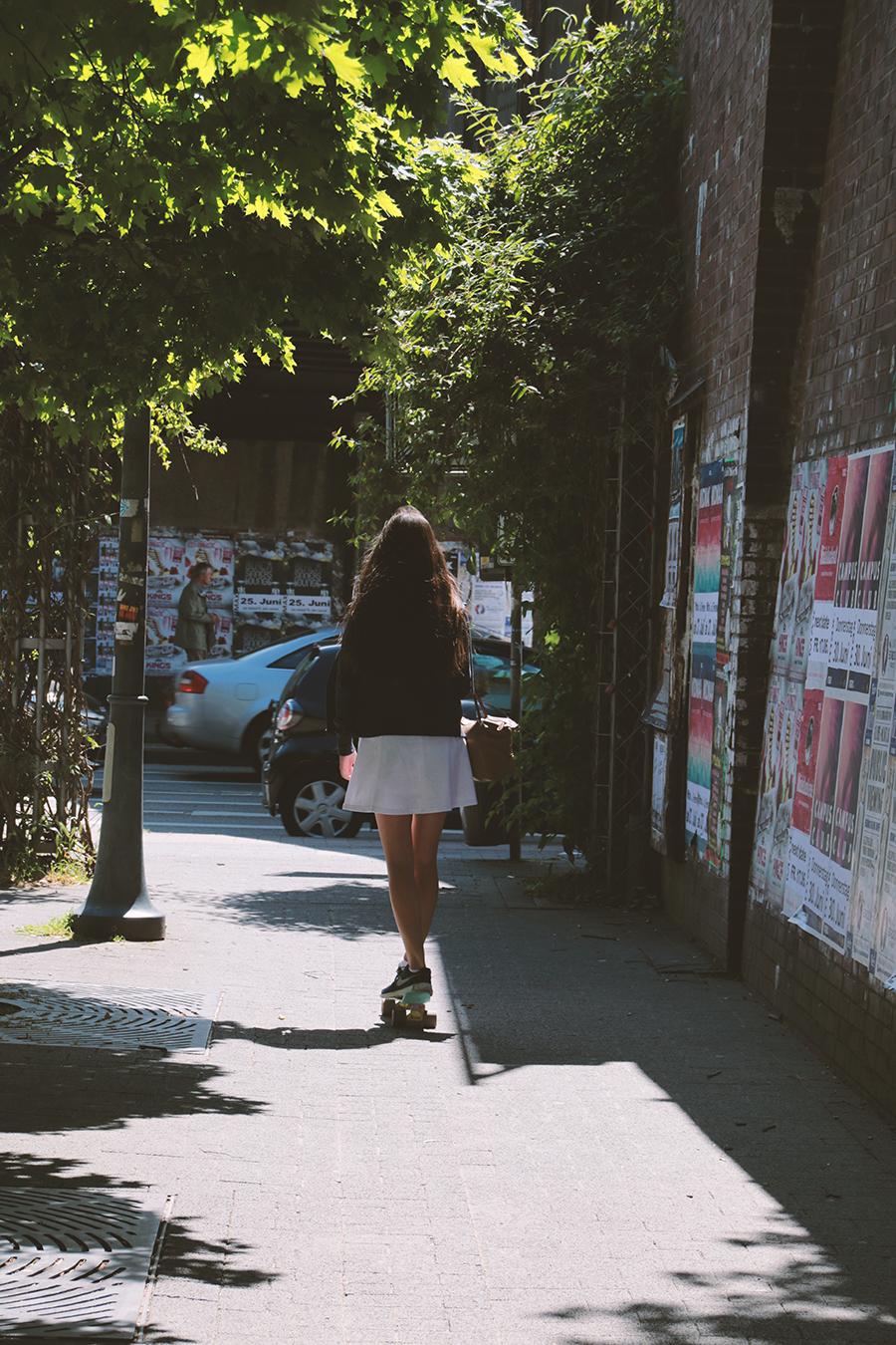 mädchen-skateboard