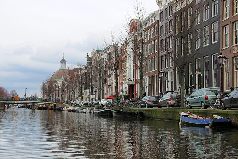 Auf den Grachten von Amsterdam