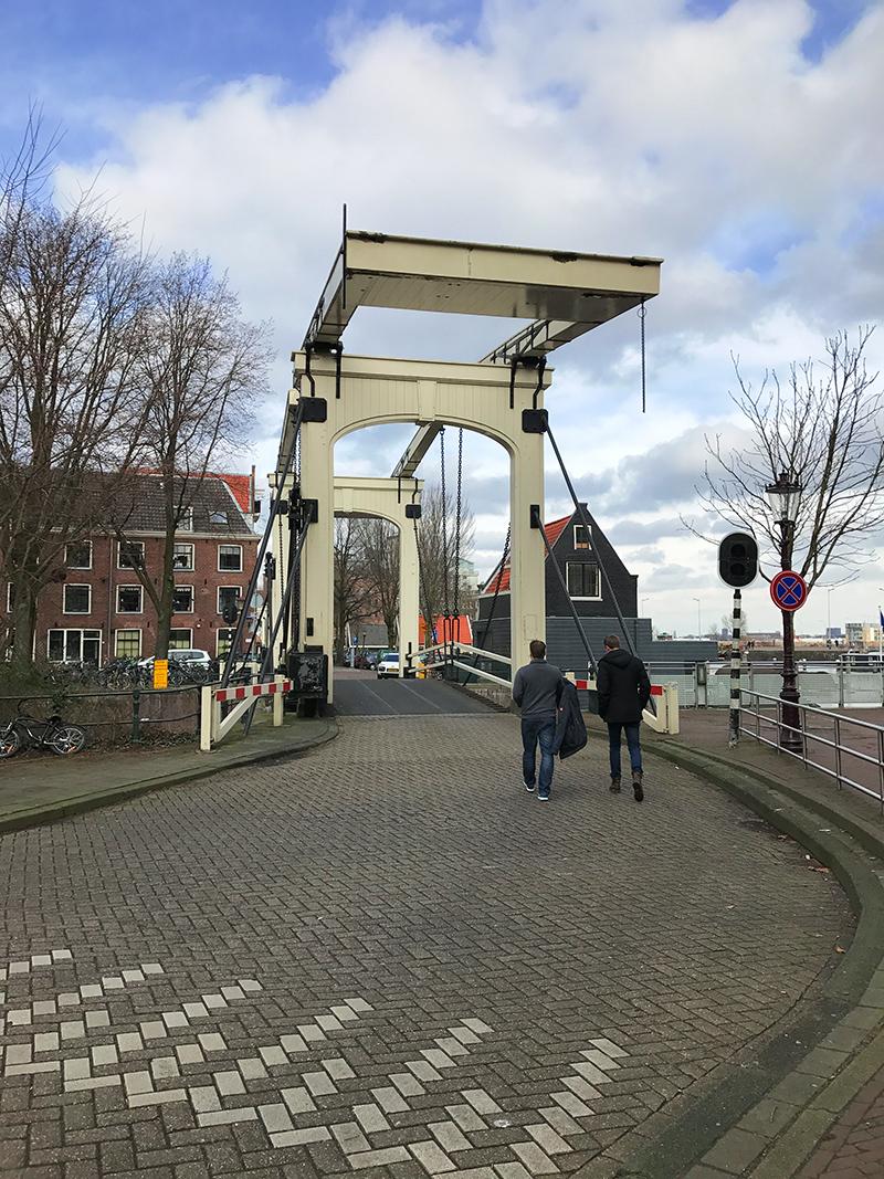 Typische Brücke in Amsterdam