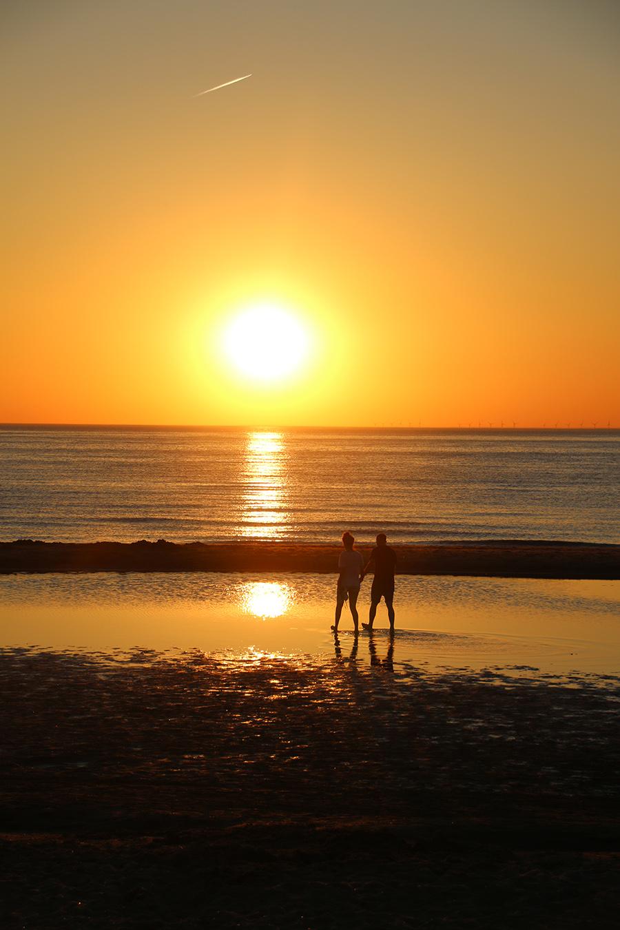 sunset-noordwijk-beach