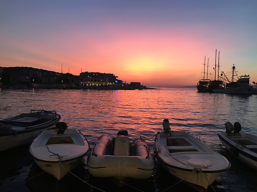 Postira Hafen Sunset